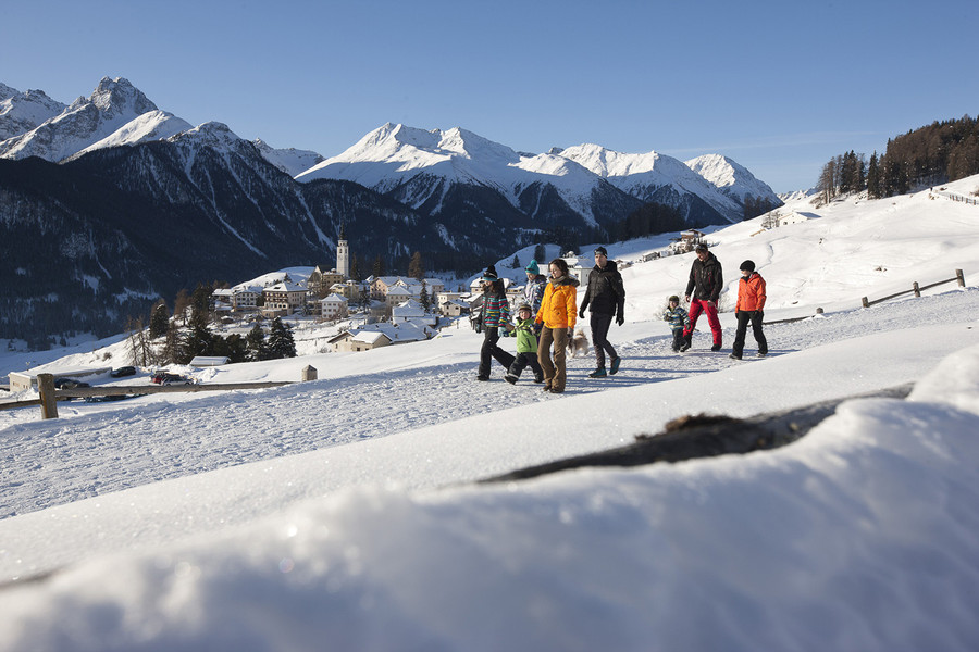Motta Naluns 3 en 7 Scuol dorp winter by Engadin.ch