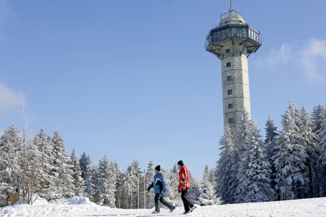 Willingen Hochheideturm winter 3  Tourist-Information Willingen 1062 x 708