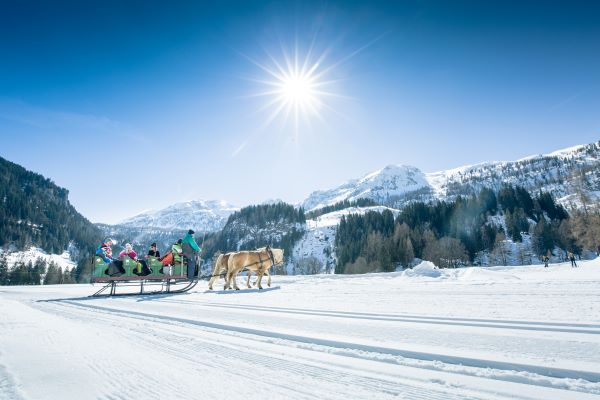Obertauern romantisch ritje met een paardenkoets © Tourismusverband Obertauern
