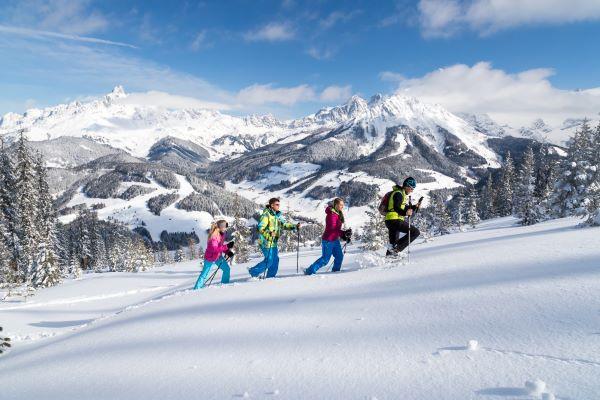 Salzburger Sportwelt sneeuwschoenwandelen Filzmoos © Salzburger Sportwelt foto Coen Weesjes