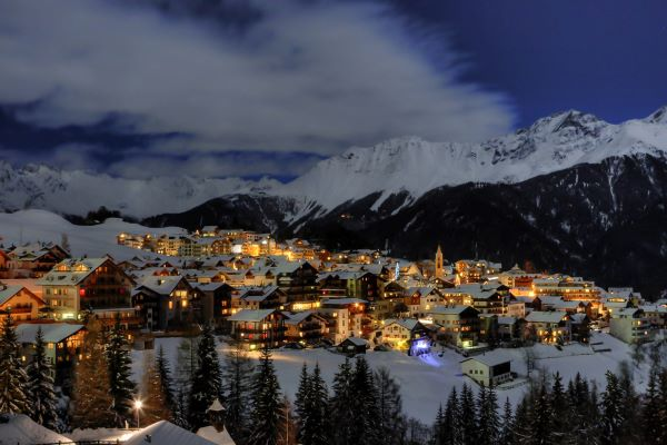 Serfaus-Fiss-Ladis winteravond in dorp Serfaus © Andreas Kirschner - www.serfaus-fiss-ladis
